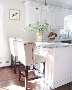 """Granite is """"White Ice"""" – Wall color is Benjamin Moore Edgecomb Gray. Cabinets were painted a custom shade of white (they were originally mahogany) and airbrushed with a dark gray outline. Grey Kitchen Walls, Kitchen Wall Colors, Kitchen Cabinets Decor, Cabinet Decor, Kitchen Ideas, Gray Cabinets, Kitchen Designs, Benjamin Moore Kitchen, Greige"""