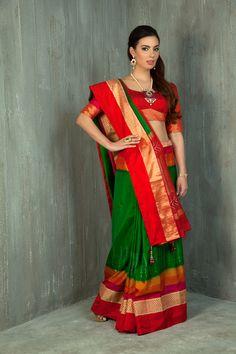 Handloom saree weaved in pure silk