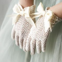 fishnet upcycled vintage gloves by whichgoose on Etsy Lace Gloves, Crochet Gloves, White Gloves, Gants Vintage, Vintage Accessories, Fashion Accessories, Lady Like, Vintage Outfits, Vintage Fashion