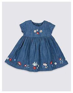 Girls Denim Dress, Kids Dress Wear, Toddler Girl Dresses, Little Girl Dresses, Kids Frocks Design, Baby Frocks Designs, Kids Blouse Designs, Baby Girl Dress Patterns, Kids Outfits