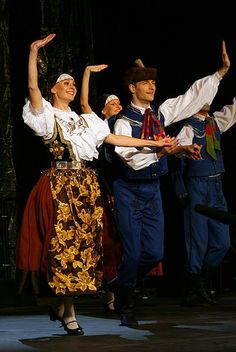 birthday of Śląsk Song and Dance Ensemble dancers Cultural Dance, Folk Clothing, Folk Dance, Culture, Folk Costume, Just Dance, Dance Costumes, Traditional Outfits, Folk Art