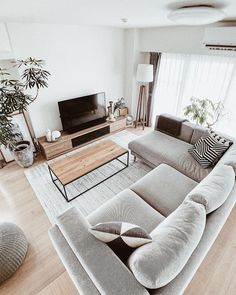 Living Room Decor Grey Couch, Cozy Living Rooms, Home Decor Bedroom, Home Living Room, Home Room Design, Home Interior Design, Living Room Designs, Apartment Interior, Room Interior