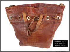 Superbe cabas cuir vintage  *finition croco  *bon volume  *belle finition  *bon état de la boutique BACKINSTOCK sur Etsy