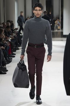 See the complete Hermès Fall 2017 Menswear collection.