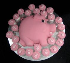Pink Pig and Pig Cupcakes