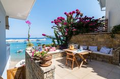 Apartment Samos Kokkari Greece 2 - Serviced apartments for Rent in Kokkari, Samos, Egeo, Greece Samos Greece, Corfu, Places Around The World, Around The Worlds, Greece Islands, Serviced Apartments, Beautiful Places To Travel, Bed And Breakfast, Amazing Nature