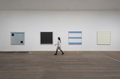 Past show featuring works by Agnes Martin at Tate London, Tate Modern Bankside Jun – Oct 2015 Tate London, Tate Modern London, London Art, Constantin Brancusi, Agnes Martin, Alberto Giacometti, Action Painting, Colour Field, American Artists