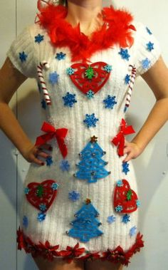 Ugly Christmas Sweater Dress Bow Sz MED CANDYCANES Feathers GORGEOUS!!!! WHITE