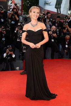 """Scarlett Johansson in Versace at the """"Under the Skin"""" Premiere"""