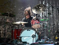 Foo Fighters and Slipknot supergroup Teenage Time Killer sign record deal - NME Foo Fighters Dave Grohl, Foo Fighters Nirvana, I Love Music, Music Is Life, Rock N Roll, Taylor Hawkins, How To Play Drums, Royal Blood, Outdoor Art