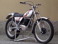 Ossa Mar 350S Enduro Vintage, Vintage Bikes, Vintage Motorcycles, Motos Trial, Trial Bike, American Motorcycles, Motorcycle Engine, Moto Bike, Dirtbikes