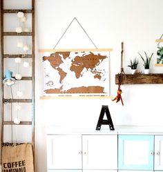 Ideen für die originellsten Vatertagsgeschenke wie z.B. die Rubbelweltkarte und eine DIY-Anleitung für die passenden selbstgemachten Posterleisten.