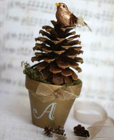 pine cone topiary place card