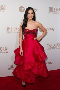 Pin for Later: Les Stars de la Musique S'éclatent à L'approche des Grammy Awards Kacey Musgraves