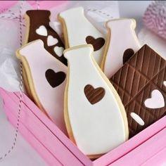 neapolitan milk and chocolate bar puzzle cookies by sweetapolita Chocolate Sugar Cookies, Milk Cookies, Cute Cookies, Cookies Et Biscuits, Bar Cookies, Fondant Cookies, Iced Cookies, Fancy Cookies, Cupcakes