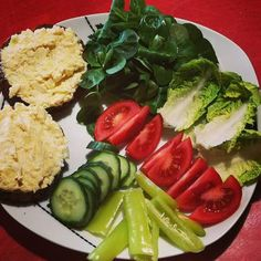 Recepty :: LowCarbSTerkou Avocado Toast, Low Carb, Breakfast, Ethnic Recipes, Instagram, Morning Coffee