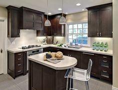Contrairement à ce que certains pensent, les cuisines en L peuvent être aménagées et décorées de plusieurs manières. En effet, leur forme est loin d'être une contrainte, au contraire, elle regorge …