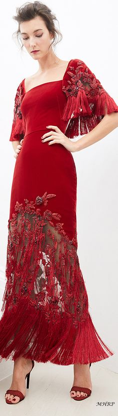 Marchesa Pre Fall 2020 – Anita Hansen – added to our site quickly. hello sunset today we share Marchesa Pre Fall 2020 – Anita Hansen – photos of you among the popular hair designs. You can look at all images and designs related to new … Haute Couture Style, Couture Mode, Couture Fashion, High Fashion Outfits, Fashion Show, Fashion Design, Marchesa, Moda Peru, Fashion 2020