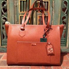 RLL TAN HANDBAG- BRAND NEW WITH TAGS Ralph Lauren tan handbag. Brand new with retail tags. If you love the item, but not the price, go ahead and make an offer! ☺️ Ralph Lauren Bags Shoulder Bags