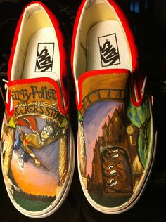 Toms Shoes OFF!> Harry Potter and the Sorcerers Stone Painted Shoes. Harry Potter Shoes, Harry Potter Style, Custom Painted Shoes, Custom Shoes, Painted Vans, Custom Vans, Harry Potter Painting, The Sorcerer's Stone, The Dancer