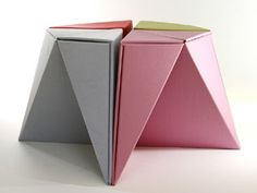 paper origami stools made out of 1 sheet of paper can hold up to 500kg!