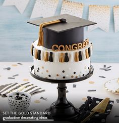 Set the Gold Standard. Graduation Decorating Ideas.