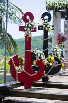 Red and black anchor, a decorative prop for theme wedding