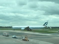Cathay Pacific Airline company Boeing 777-300 Aeroplane