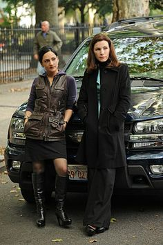 Archie Panjabi, Knee High Stiletto Boots, Black Boots Outfit, Skirts With Boots, Good Wife, British Actresses, Celebs, Female Celebrities, Lady