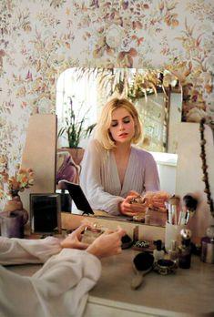 Monday Inspiration, Hair Inspiration, Lucy Boynton, Love Lucy, Hair Raising, Cute Girl Photo, Celebs, Celebrities, Perfume
