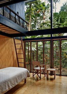 Tropical House Interior design - have designed this Cape Tribulation home, located within the Daintree Rainforest, in Queensland, Australia Due to the sensitive nature of the surrounding ecosystem, the home was Architecture Design, Tropical Architecture, Australian Architecture, Container Home Designs, Tropical House Design, Tropical Houses, Retreat House, Interior And Exterior, Interior Design
