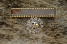 Silver and Gold Star w Berries Cabinet Pull