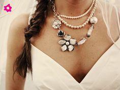 Collar para novia llamativo en tres