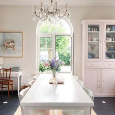 WEBSTA @ yvestown - Fresh air! Last weeks weather was awful 😓 Happy Sunday people (if you actually see this on Sunday #algorithm)...#diningroom #pastelstyle #pastelinterior #onedaytherewillbewhitefloors