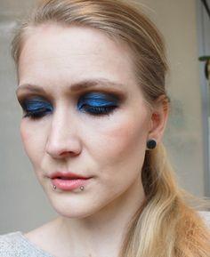 Kiko Stick Eyeshadow Ocean Blue #44  #eyeshadowswatch #kikocosmetics #kiko #beautyblogger #swatch #look