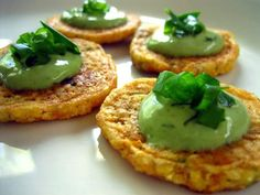 Scallion Corn Cakes with Lemon Pesto Cream vegan, plantbased, earth balance, made just right Elegant Appetizers, Appetizers For Party, Appetizer Recipes, Dinner Recipes, Corn Cakes, Good Food, Yummy Food, Queso Fresco, Vegan Main Dishes