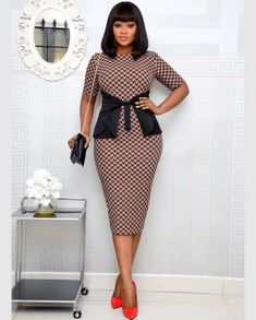Hound Tooth Print Bow Short Sleeve O Neck Knee Length Dress – colintime Office Dresses For Women, Office Outfits Women, Teen Dresses, Woman Outfits, Midi Dresses, Classy Work Outfits, Classy Dress, Chic Outfits, Ankara Long Gown Styles