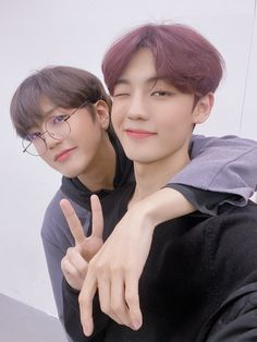 their forever friendship is my life^^ A C E Kpop, Fandom, Stand By You, Korean Bands, Photo Cards, Really Cool Stuff, Boy Groups, Picture Video, Hair Inspiration