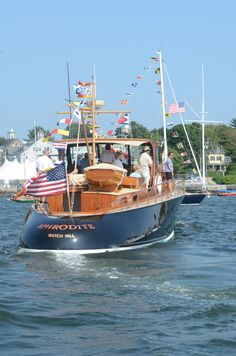 139 Best Commuter Yachts Images Classic Wooden Boats