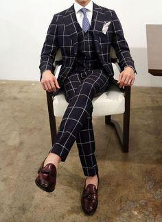 Suit and tie fixation Mens Fashion Suits, Mens Suits, Mens Check Blazer, Gentleman Mode, Modern Suits, Style Masculin, Designer Suits For Men, Plaid Suit, Stylish Mens Outfits