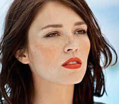red lips | graham shearer