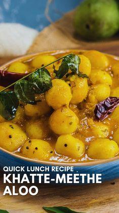 Quick Lunch Recipes, Healthy Potato Recipes, Veg Recipes, Summer Recipes, Vegetarian Recipes, Cooking Recipes, Cooking Dishes, Spicy Recipes, Aloo Curry