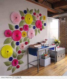 kwiaty przestrzenne na ścianę