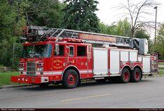PierceDashAerialDetroit Fire Department Emergency Apparatus Fire Truck Photo