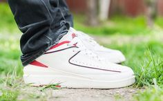Air Jordan 2 Low - White/Varsity Red