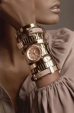 Gold - Portrait - Jewelry - Fashion - Photography