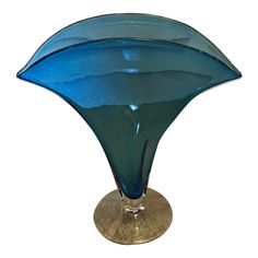 Great Room Paint Colors, Blenko Glass, Vases, Glass Art, Fan Art, Shape, Crystals, Antiques, Blue