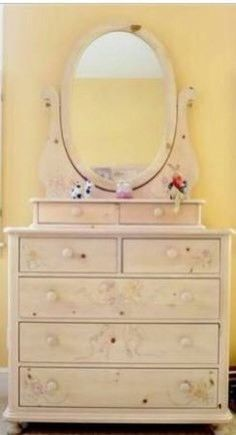 Thomasville Ribbons And Bows Bedroom Set Twin Bed With 4 Spindles