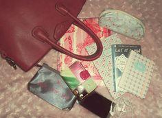 What's in my bag? New article online, enjoy! :) http://ifwsblog.tk/2017/01/10/whatsinmybag/