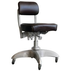 1950s Steno Task Chair, Good Form for General Fireproofing Company, Refinished